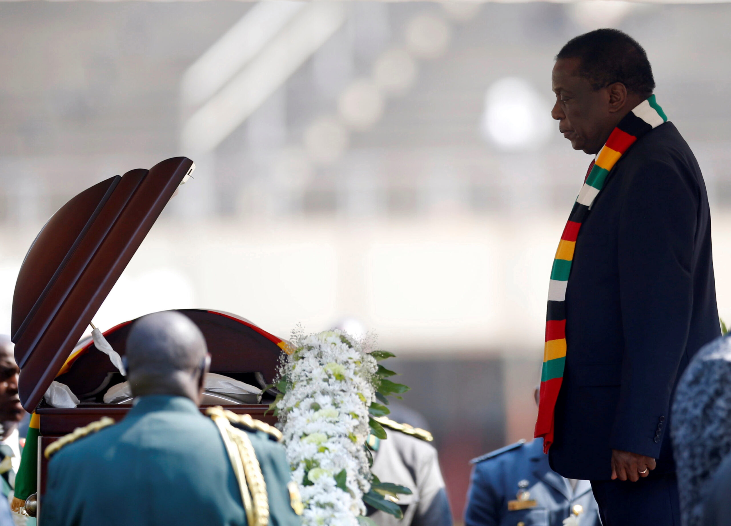 Mugabe family meets over bizarre exhumation order